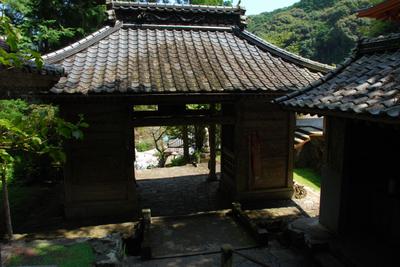 36_仁王門と橋_100911.JPG
